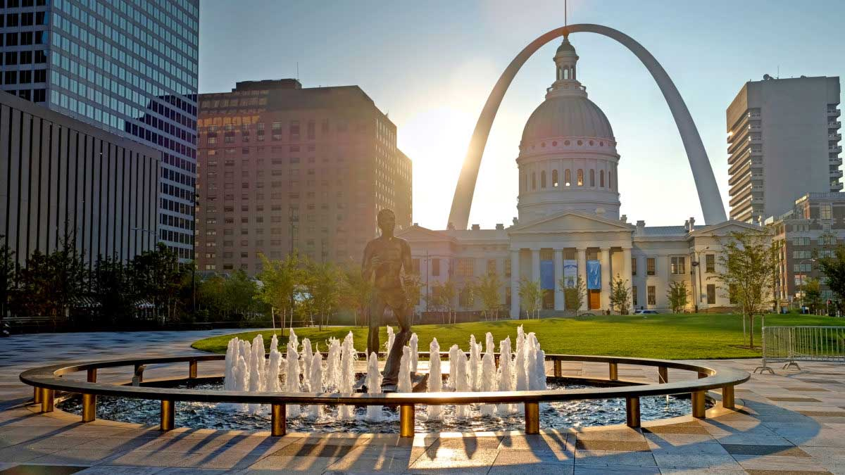 St. Louis Missouri - Kiener Plaza and the Gateway Arch in St. Louis Missouri.