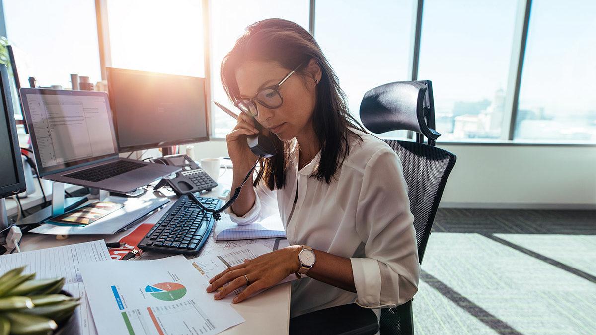 business woman cash flow management