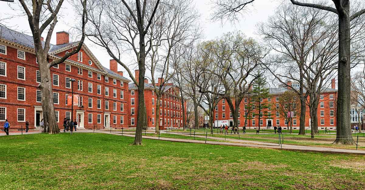 Student housing vacancies on college campuses brings P3 risks to universities.