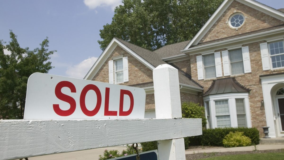 bigstock House Sold Sign 2540542 1